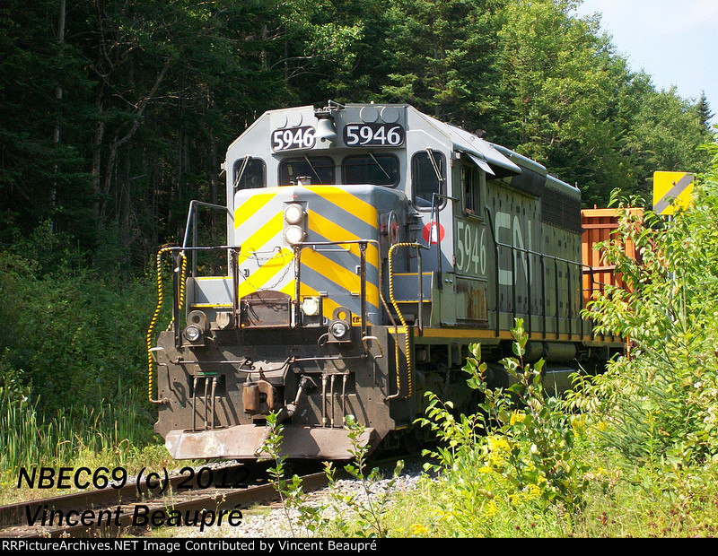 GTW 5946 on the CN 906 East